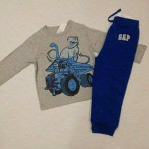 NWT 2pc Gap Dinosaur Dump Truck L/S Shirt & Pants